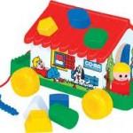 Покупаем игрушки малышам