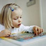 Чем занять ребенка в два-три года?