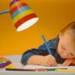 Нужно ли водить ребенка на развивающие курсы?