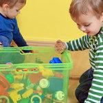 Воспитание: ребенок и его игрушки